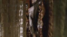 Дарья Мороз показала голую грудь в фильме «Нанкинский пейзаж» фото #19
