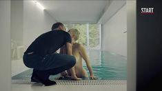 Голая грудь Дарьи Мороз в сериале «Содержанки» фото #5
