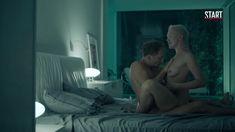Голая грудь Дарьи Мороз в сериале «Содержанки» фото #22