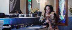 Даша Астафьева оголила грудь и попу в фильме «Свингеры» фото #23