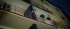Даша Астафьева оголила грудь и попу в фильме «Свингеры» фото #42