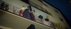 Даша Астафьева оголила грудь и попу в фильме «Свингеры» фото #45