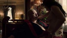 Джейн Мэй Грейвз снялась голой в сериале «Ответный удар» фото #7