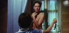 Джессика Мур снялась голой в фильме «В гостях у тетушки» фото #8