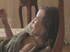 Голая грудь Екатерины Поповой в сериале «Спецгруппа» фото #11