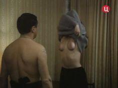 Голая грудь Елены Катышевой в фильме «Кровь за кровь» фото #9