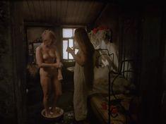 Полностью голая Елена Кольчугина в фильме «Яма» фото #2