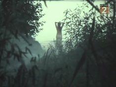 Голая попа Елены Кондратьевой в фильме «Не забудь оглянуться» фото #2