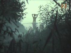 Голая попа Елены Кондратьевой в фильме «Не забудь оглянуться» фото #4