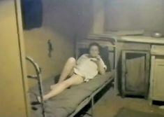 Елена Попова снялась голой в фильме «Самостоятельная жизнь» фото #2
