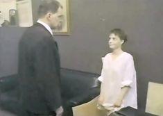 Елена Попова снялась голой в фильме «Самостоятельная жизнь» фото #3