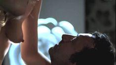 Жюли Гайе снялась голой в фильме «Влюблённая» фото #11