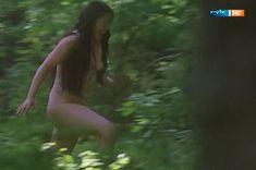 Полностью голая Ильяна Павлова в фильме «Сердце медведицы» фото #12