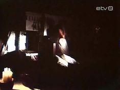 Голая грудь Инары Слуцкой в сериале «Русалочьи отмели» фото #10
