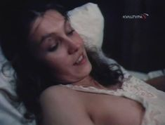 Ингеборга Дапкунайте засветила грудь в сериале «Николай Вавилов» фото #2