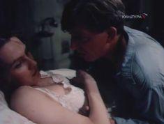 Ингеборга Дапкунайте засветила грудь в сериале «Николай Вавилов» фото #3