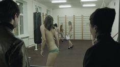 Ирина Вилкова снялась голой в фильме «Её звали Муму» фото #42