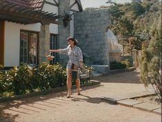 Ирина Шмелева засветила грудь в фильме «Ловушка для одинокого мужчины» фото #5