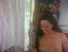 Голая грудь Иселы Вега в фильме «Грибной человек» фото #2
