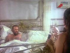 Голая грудь Иселы Вега в фильме «Грибной человек» фото #3