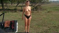Ия Парулава показала голую грудь в фильме «Грузинский виноград» фото #4
