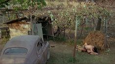 Ия Парулава показала голую грудь в фильме «Грузинский виноград» фото #19