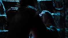 Голая грудь Ким Бейсингер в фильме «9 1/2 недель» фото #4