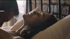 Кира Найтли оголила грудь и попу в фильме «Последствия» фото #4