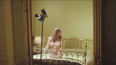 Полностью голая Кристина Линдберг в фильме «Развращенные» фото #38