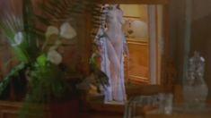 Голая попа Ларисы Борушко в фильме «Лавина» фото #2