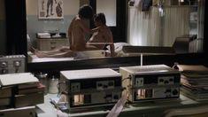 Лиззи Каплан снялась голой в сериале «Мастера секса» фото #13