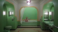 Полностью голая Лия Белдам в фильме «Сияние» фото #1
