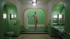 Полностью голая Лия Белдам в фильме «Сияние» фото #2