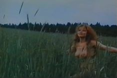 Людмила Шевель снялась голой в фильме «Ятринская ведьма» фото #6