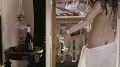 Лянка Грыу снялась голой в сериале «Шерлок Холмс» фото #4
