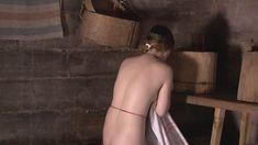 Полностью голая Мари Буренкова в сериале «Знахарь» фото #9