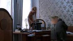 Полностью голая Мария Зорина в фильме «Кино про кино» фото #9