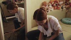 Мария Миронова засветила грудь в сериале «Тройная жизнь» фото #4