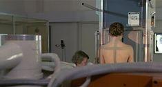Настасья Кински показала голую грудь в фильме «Болезнь любви» фото #12