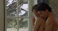 Настасья Кински показала голую грудь в фильме «Болезнь любви» фото #36