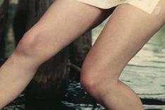 Наталья Воробьева показала голую грудь в сериале «Карусель» фото #7