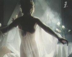 Наталья Сумская снялась голой в фильме «Ради семейного очага» фото #5