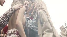 Жаркая неизвестная засветила грудь в фильме «Русский Бес» фото #4