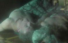 Полностью голая Неле Савиченко в фильме «На исходе ночи» фото #19