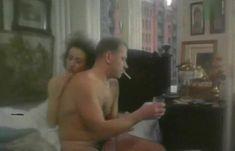 Полностью голая Неле Савиченко в фильме «На исходе ночи» фото #21