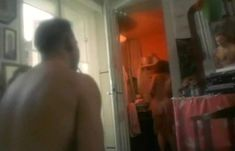 Полностью голая Неле Савиченко в фильме «На исходе ночи» фото #24