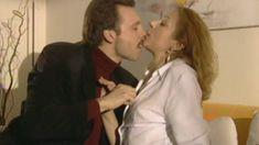 Оксана Мысина засветила сиськи в сериале «Семейные тайны» фото #2