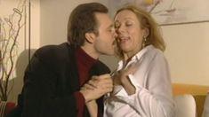 Оксана Мысина засветила сиськи в сериале «Семейные тайны» фото #3