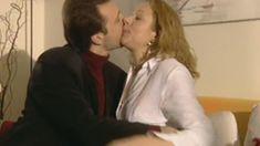 Оксана Мысина засветила сиськи в сериале «Семейные тайны» фото #6
