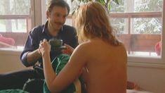 Оксана Мысина засветила сиськи в сериале «Семейные тайны» фото #20